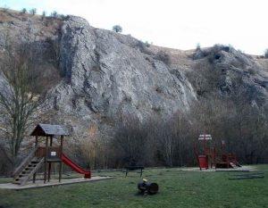 p6-300x233 Výprava do Prokopského údolí 30. 3. 2013