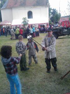 IMAG0127-225x300 Víkendová výprava na Javornici – dětský den 1. 6. - 3. 6. 2012